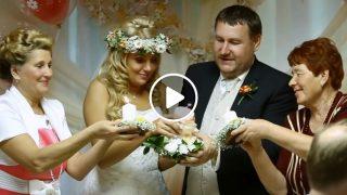 Тази Руска Традиционна Сватба е Приказна